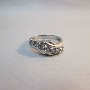 Sterling stone wave loop cz size 7 ring/clear
